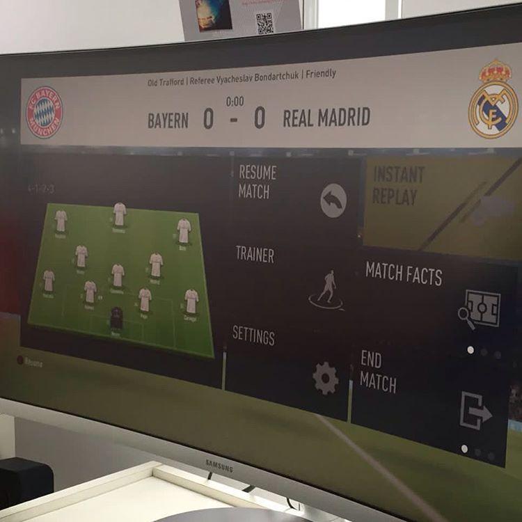 El menú de pausa de FIFA 17 es prácticamente el mismo que el de FIFA 16.